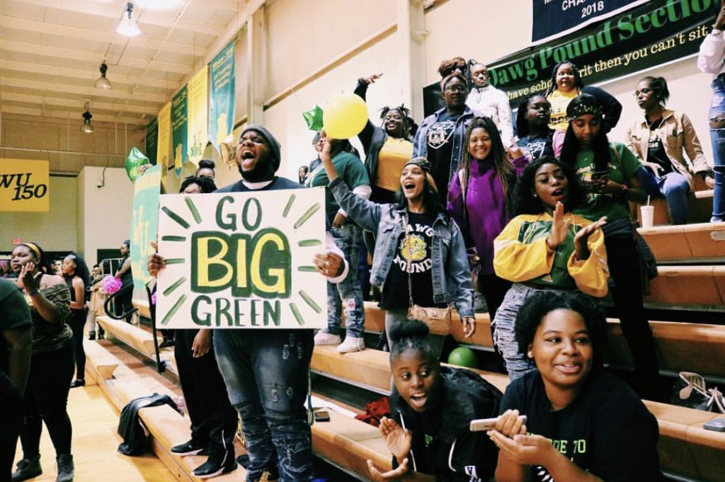 Students gather in gym to show school spirit